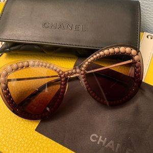 CHANEL Pearl Butterfly Sunglasses 4236-H Brown
